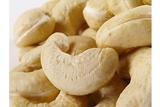 Supreme Raw Cashews