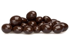 Dark Chocolate-Covered Goji Berries