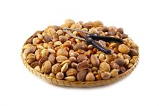 Mixed Nut Gift Tray & Nutcracker