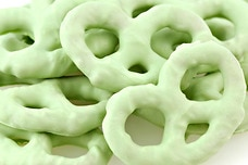 Key Lime Yogurt Pretzels