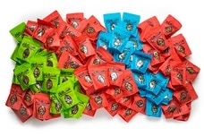 box of 100 snack pack bags