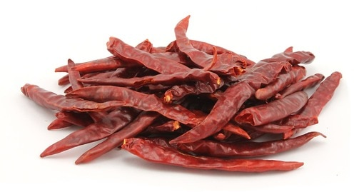 Dried De Arbol Peppers (Stemless)