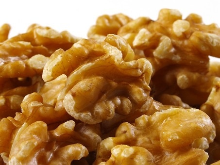 Organic Walnuts Raw No Shell By The Pound Nutscom