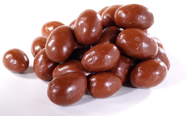 Chocolate-Covered Almonds - By the Pound - Nuts.com
