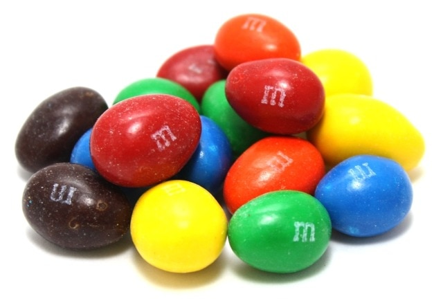 M M Candies Pictures: Almond M&M's®