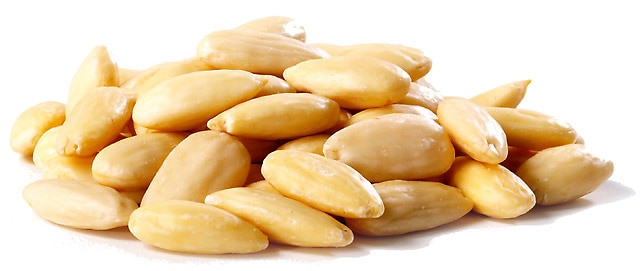 blanched almonds how to blanch almonds now the almonds are blanched ...